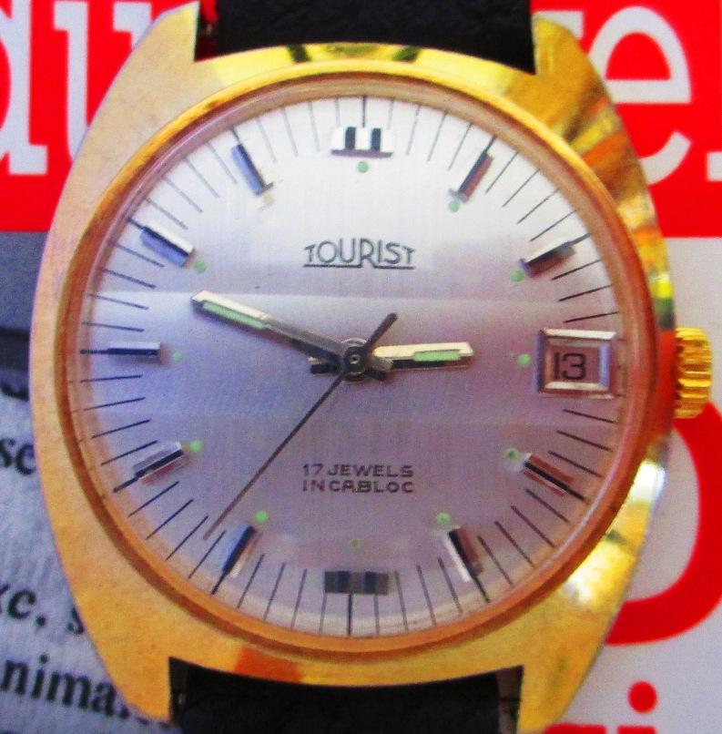 Ceasuri rezistente la apa: ce e bine de stiut despre ceasul pe care-l iei cu tine in vacanta?